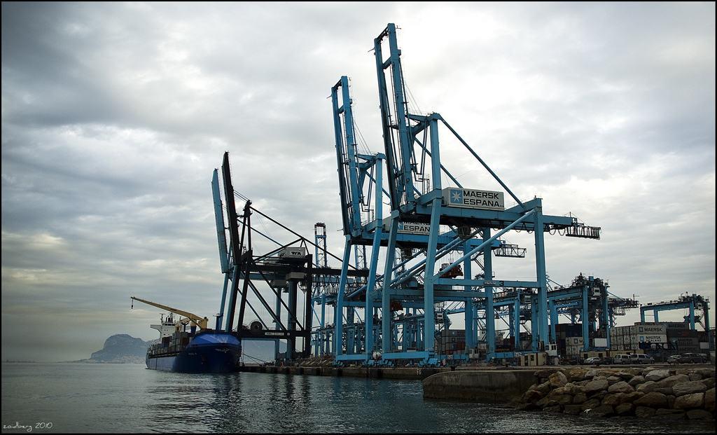 La carga seca en el transporte marítimo